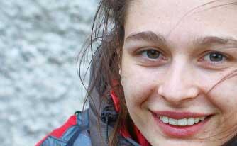 Helene Janicot un exemple de tenacité, vissée sur les prises, combattante, solide à l'entraînement