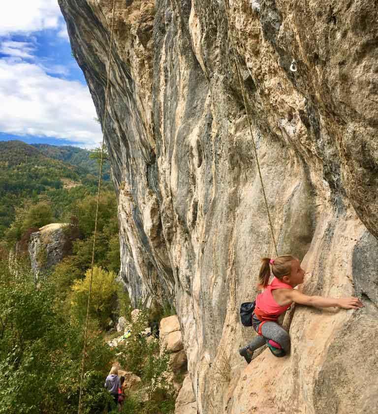 Milena grimpeuse Serbe