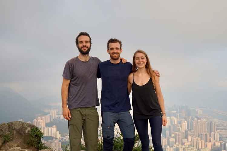 Vue sur Hong Kong depuis Lion Rock avec Thomas