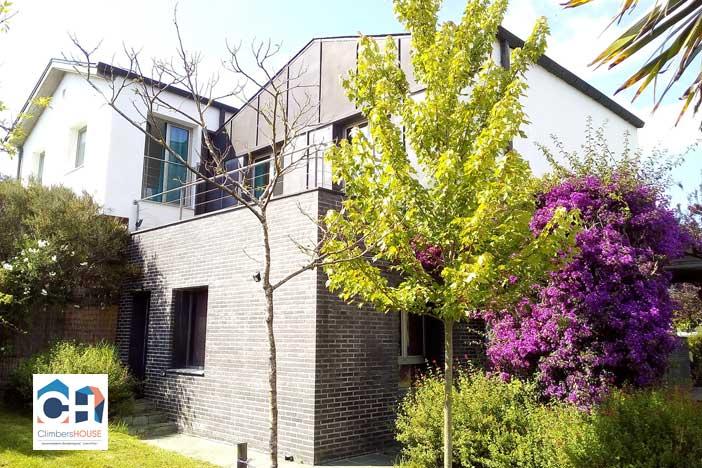 villa climbers house