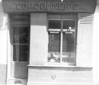 cordonnerie edmond bourdonneau ou fut cree le premier chausson d'escalade